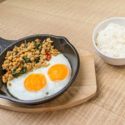 3.Kaprao Kai Pan Fried Eggs