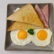 1.American Breakfast